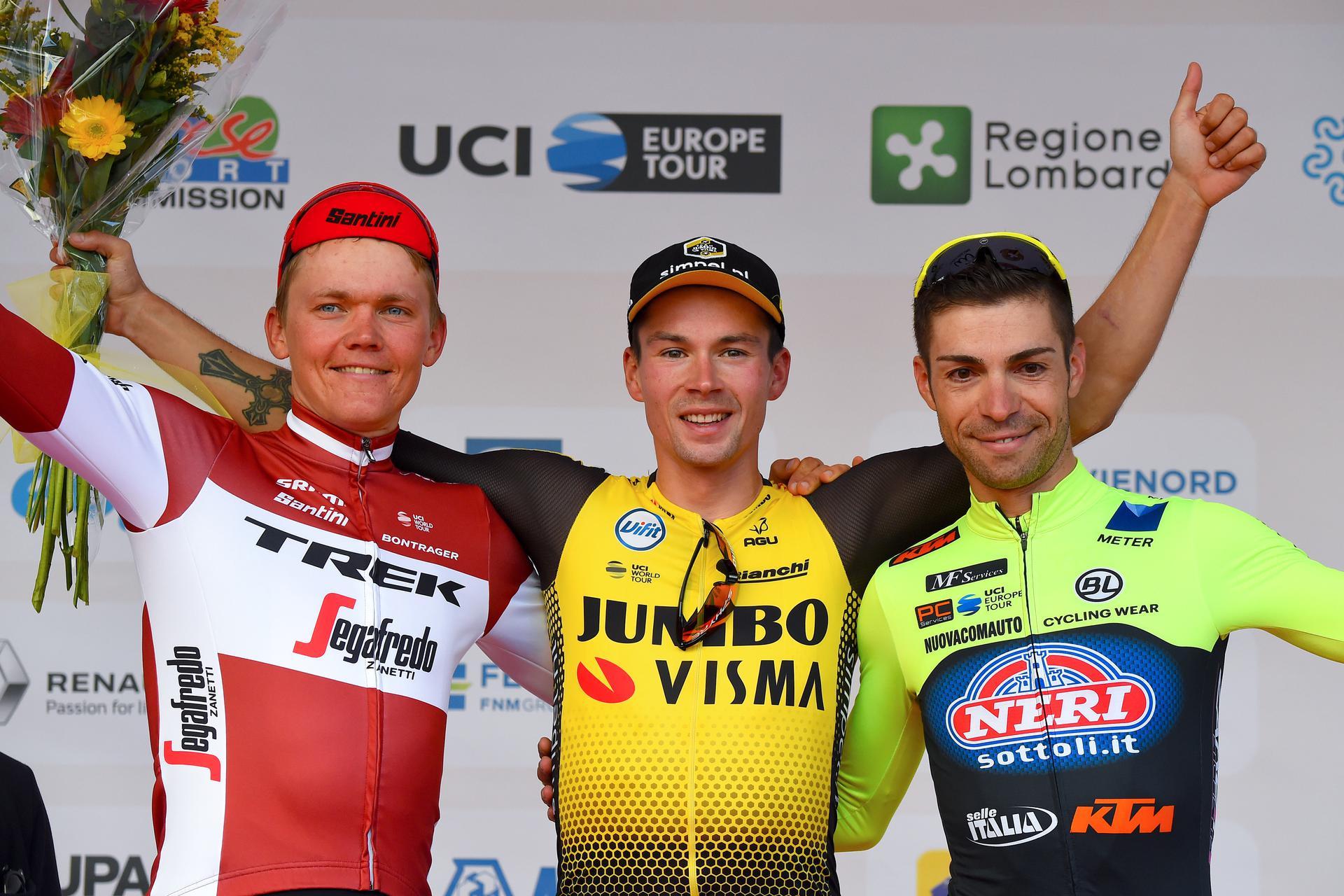 Tre Valli Varesine podium