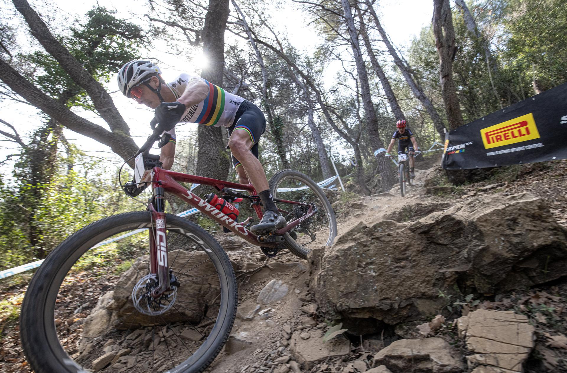 Il Campione del Mondo Jordan Sarrou in azione ad Andora Race Cup (Credits: Michele Mondini)